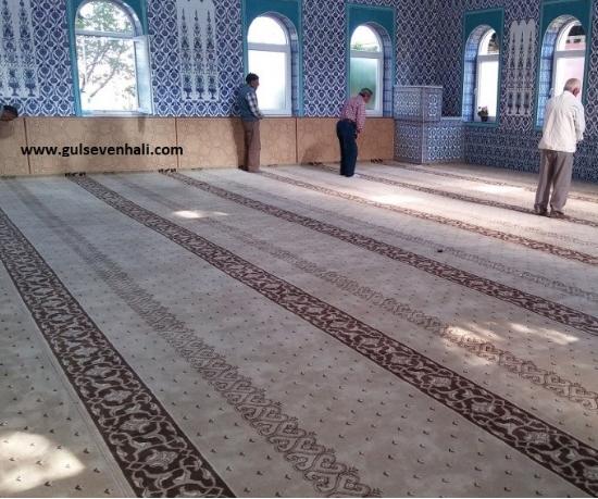 Camiler, biz Müslümanların mabedi olarak kabul edilmiştir bununla birlikte Müslümanların 5 vakit namaz kıldıkları vaazlar dinledikleri yani binevi günün çoğunu orada geçirdiği yerdir.
