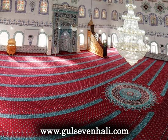 El dokuması tarihi halı ve tarihi cami halısı dendiğinde akla ilk gelen yerler Kapalı Çarşı, Antalya Kaleiçi, Gaziantep pasajları, Kapadokya çarşısı oluyor.