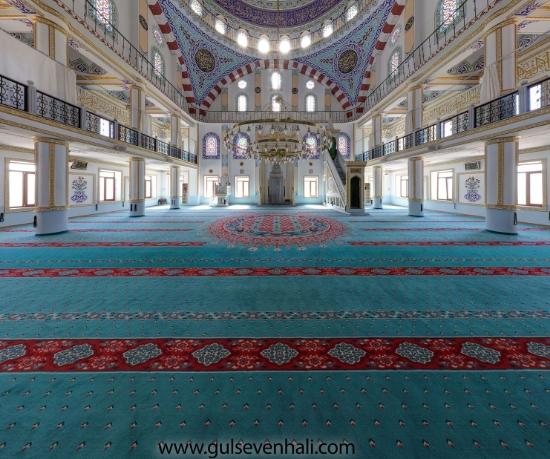 İstanbul Pendik Lokman Hekim Caminintercih etmiş olduğu saflı cami halısı göbekli cami halısı montajı tarafımızdan yapılmıştır.